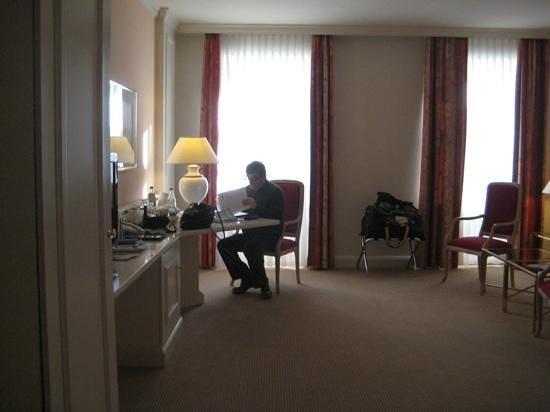 Welcome Hotel Residenzschloss Bamberg: Our room