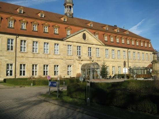 Welcome Hotel Residenzschloss Bamberg: Front of hotel