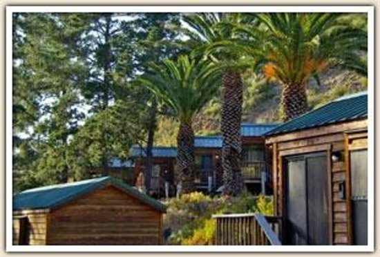 Avila Hot Springs Resort: Cabin exterior