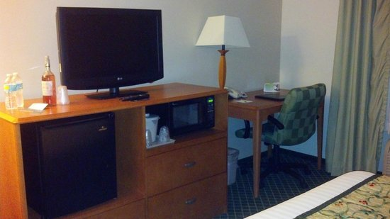 Fairfield Inn & Suites Cordele: room