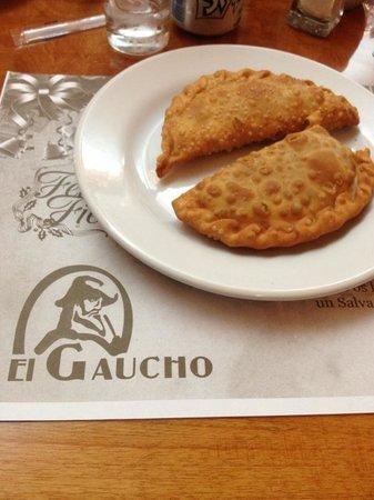 El Gaucho: Empanadas!