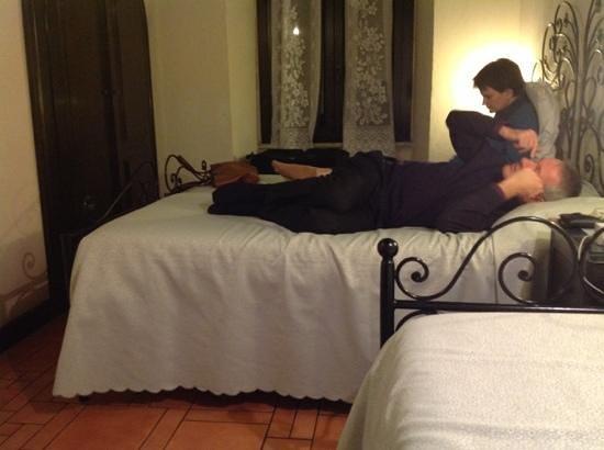 Hotel Andreina : Three beds