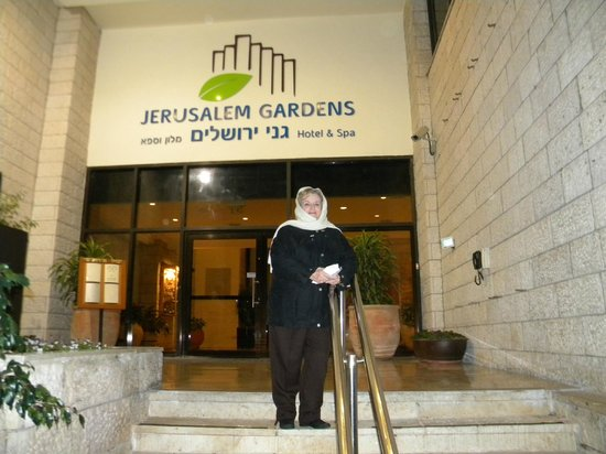 Jerusalem Gardens Hotel & Spa : Enterance to Hotel