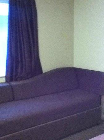 Premier Inn Swindon West (M4, J16) Hotel: Setee