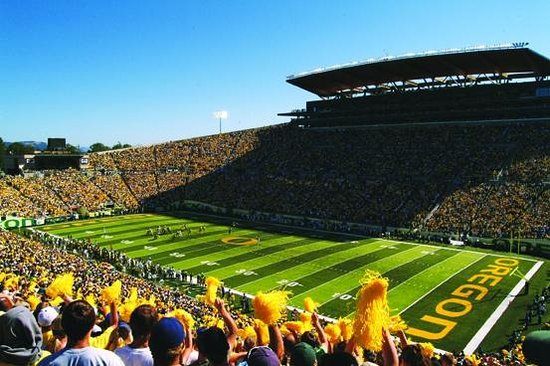 Campus Inn & Suites, Eugene Downtown: Awesome Autzen Stadium