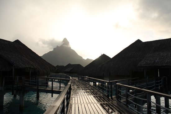 InterContinental Bora Bora Resort & Thalasso Spa: Coucher de soleil