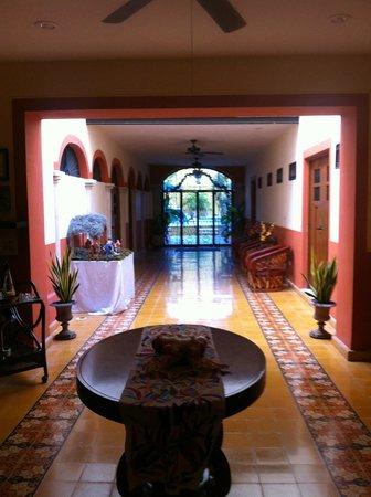 Luz En Yucatan: View of the Lobby area