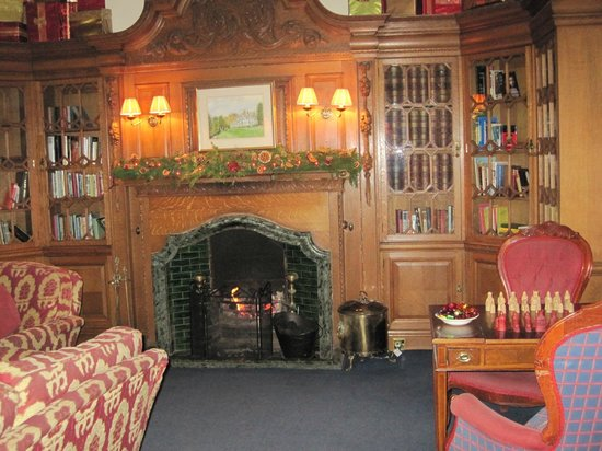 Merewood Country House Hotel: The Library