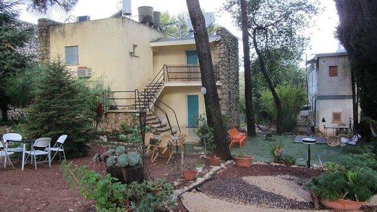 Safed Inn: Il giardino