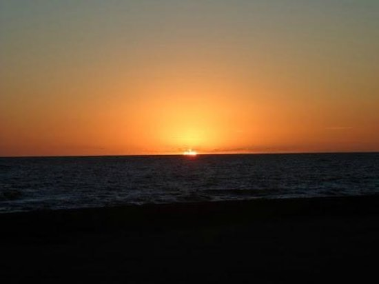 Ibis Montevideo: por do sol na Rambla