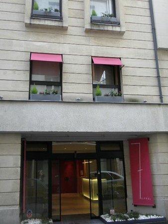 Hotel 7 Eiffel: Hotel