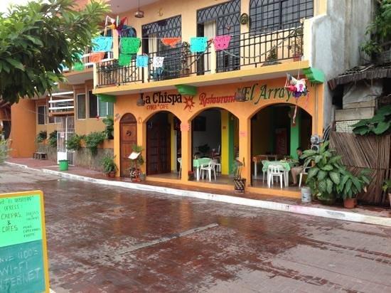 Restaurant El Arrayan : Try the chicken and mushroom crepe!