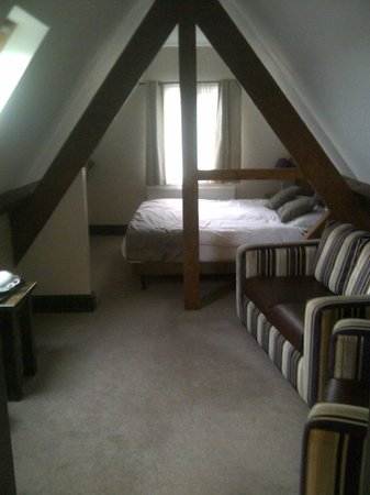 The Duke of Edinburgh Hotel: Comfortable sitting and sleeping areas.