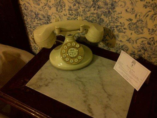 Villa Paradiso dell'Etna: Telefono