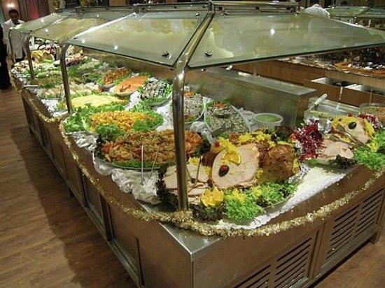 Windsor Florida Hotel : Buffet de pratos frios e quentes