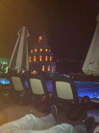 Bodrum Imperial: piscina di sera