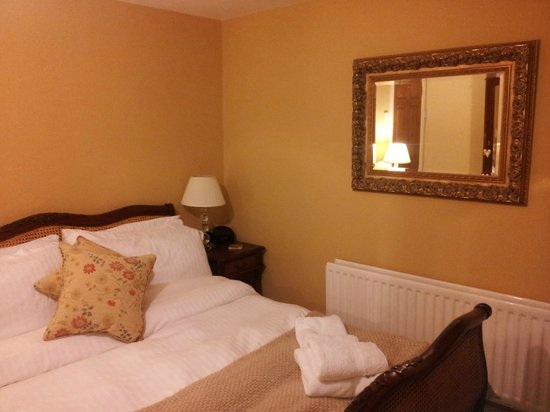 Wensleydale Farmhouse Bed & Breakfast : our room