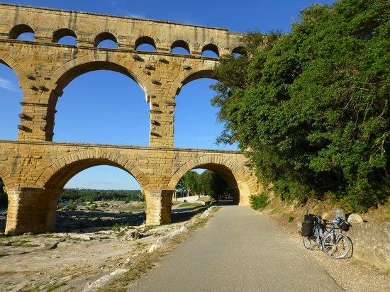 Vers-Pont-du-Gard, Frankrig:                                     Pont Du Gard