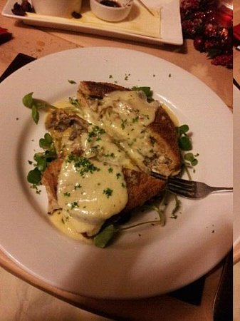 Ye Olde Dun Cow Inn: wild mushroom and asparagus bread and butter pudding served with a cream cheese sauce