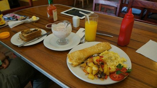 California Cafe: Breakfast