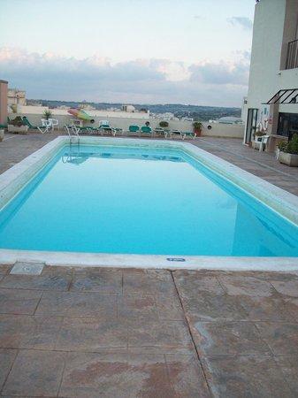 basen na dachu hotelu The Crown Hotel