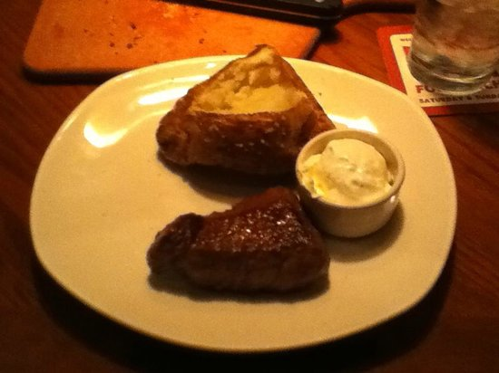 Outback Steakhouse: Outback Sirloin with Baked Potato