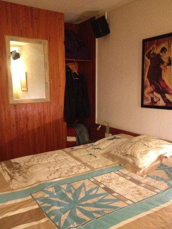 Le Dauphin Blanc : La chambre