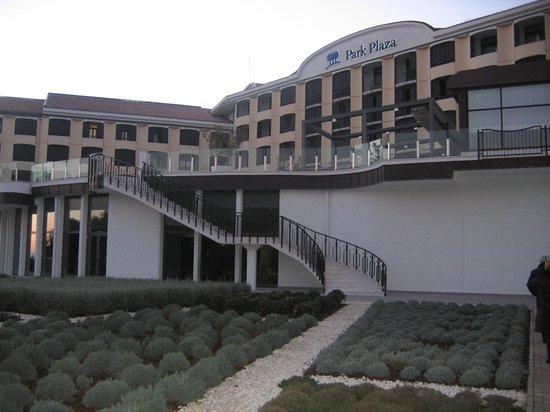 Park Plaza Histria Pula: facciata hotel