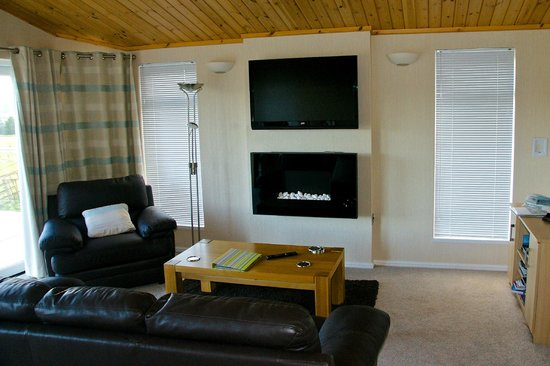 Kessock Highland Lodges: living area Beauly Lodge