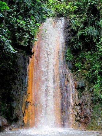 โคโคปาล์ม รีสอร์ท: Diamond Waterfall