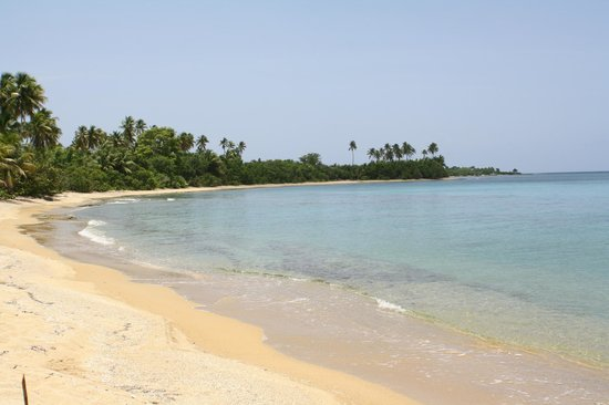 Casa de Claire Guesthouse: lots of private beaches within a few minutes drive