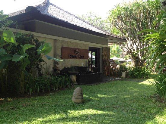 Ramayana Resort & Spa: Spa at poolside
