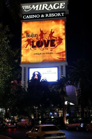 The Mirage Hotel & Casino: LOVE