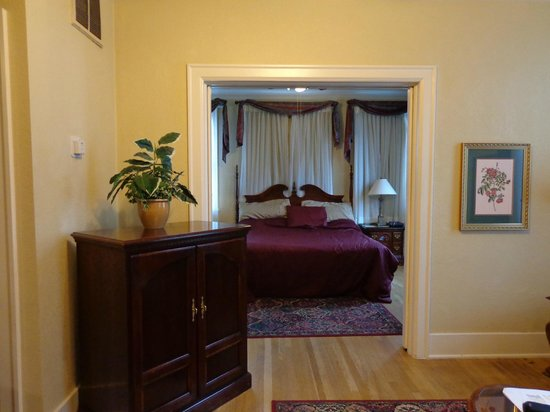 MarQueen Hotel: separate bedroom area of suite