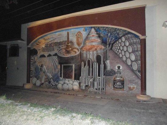 Matices Hotel de Barricas: Mural