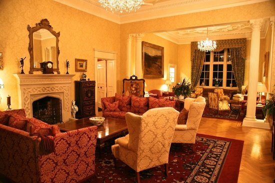 Glenapp Castle : Sitting room