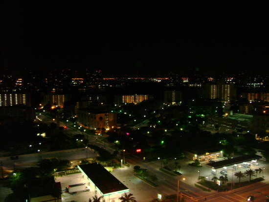 Acqualina Resort & Spa on the Beach: View from the 19 floor at night