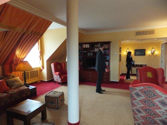 Vienna House Dream Castle Paris: salon