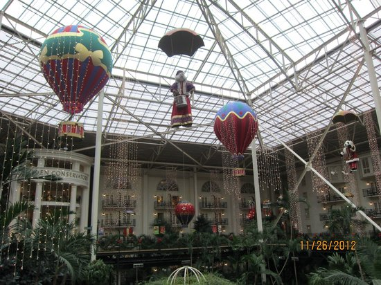 Gaylord Opryland Resort & Convention Center: One of the Atriums