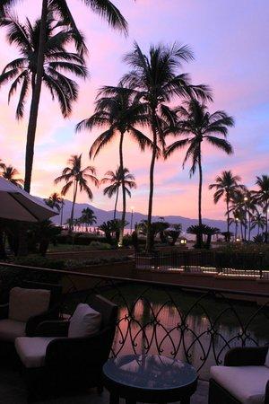 Marriott Puerto Vallarta Resort & Spa: sunrise