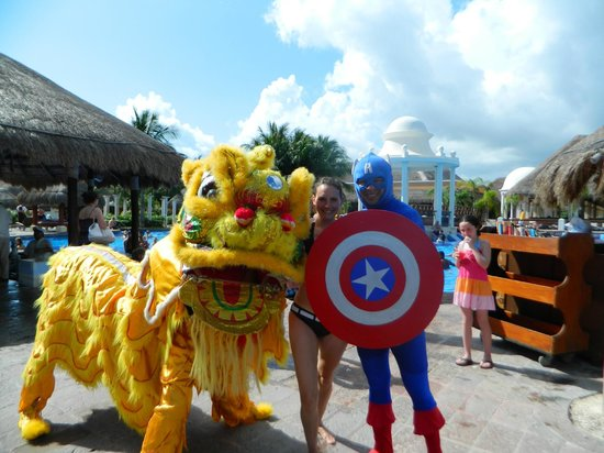 Now Sapphire Riviera Cancun: promoting upcoming event