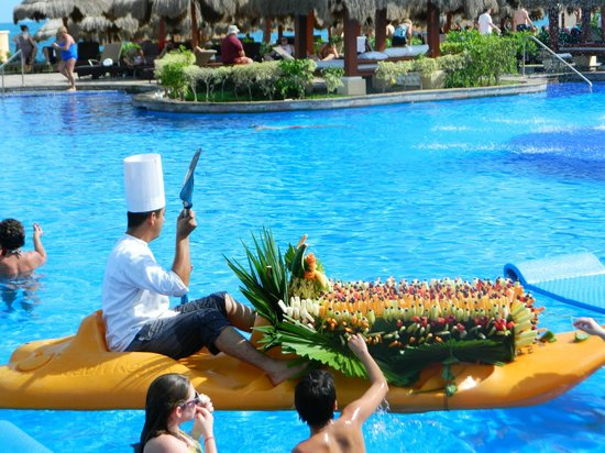 Now Sapphire Riviera Cancun: you can eat the fruit off this boat - it was very cool