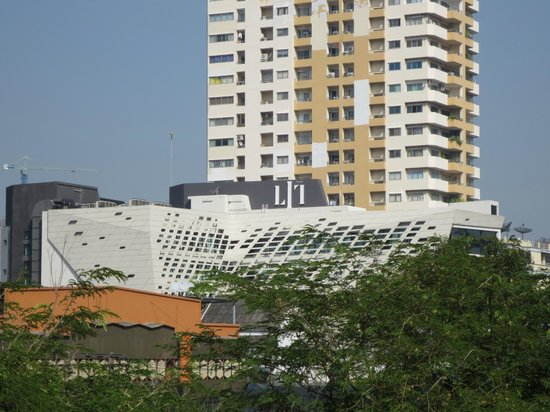 LiT BANGKOK Hotel: View from the National Stadium station