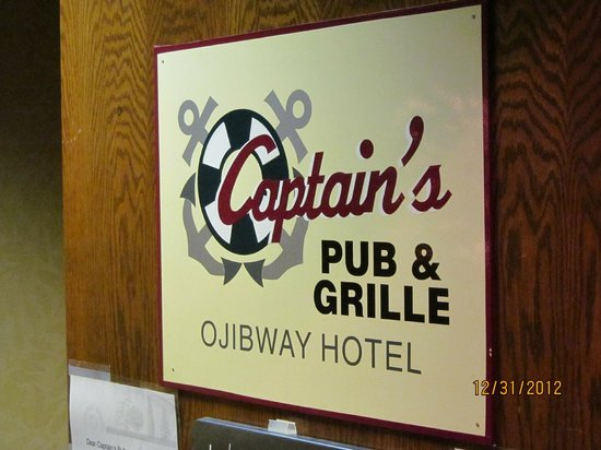 Ramada Plaza Sault Ste. Marie Ojibway: Captain's Pub & Grille - inside the hotel.