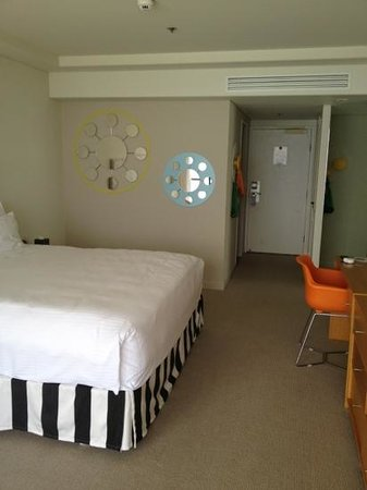 QT Gold Coast: our room 1811