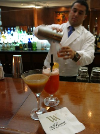 The Roosevelt New Orleans, A Waldorf Astoria Hotel: Sazerac Bar
