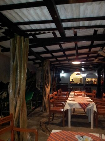 Restaurant Sesoloco: Nice Ambiance - Great Food.