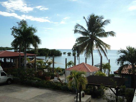 Grand Bahia Ocean View Hotel: La otra vista desde el cuarto.