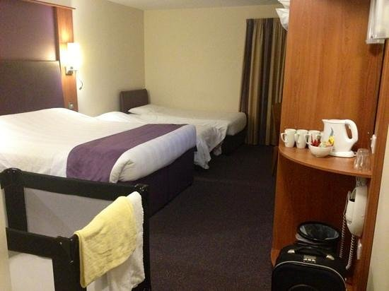 Premier Inn Belfast City Cathedral Quarter Hotel: great family rooms