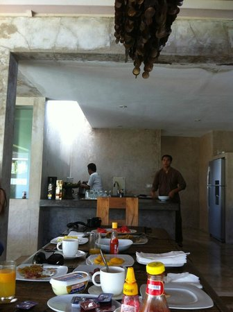 Villa Baraka: bulters preparing food